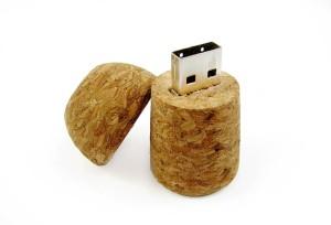 USB kľúč dizajn 245
