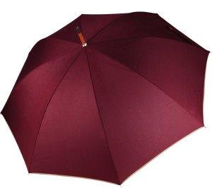 Dáždnik s drevenou rukoväťou